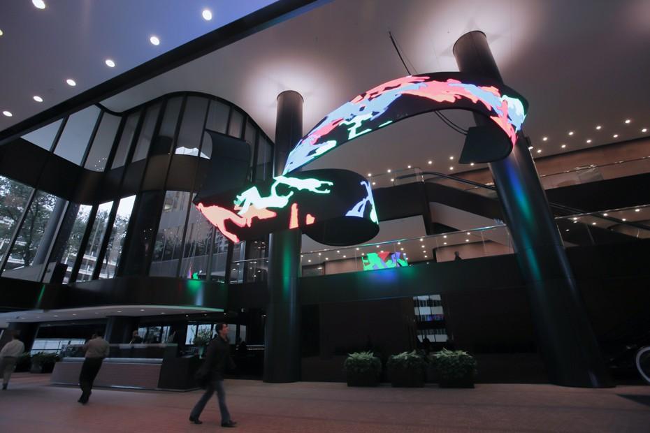 LED видеоинсталляция - гибкий светодиодный экран 6.jpg