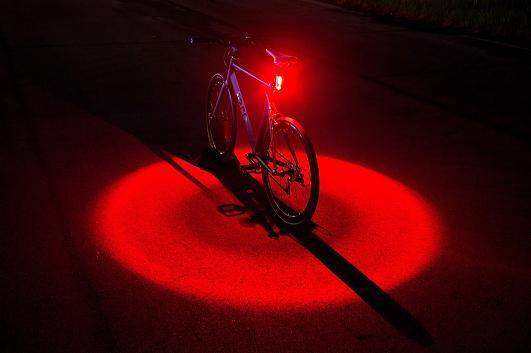 Light legt eine 360-Grad-Lichtscheinschutzzone um das Fahrrad.jpg