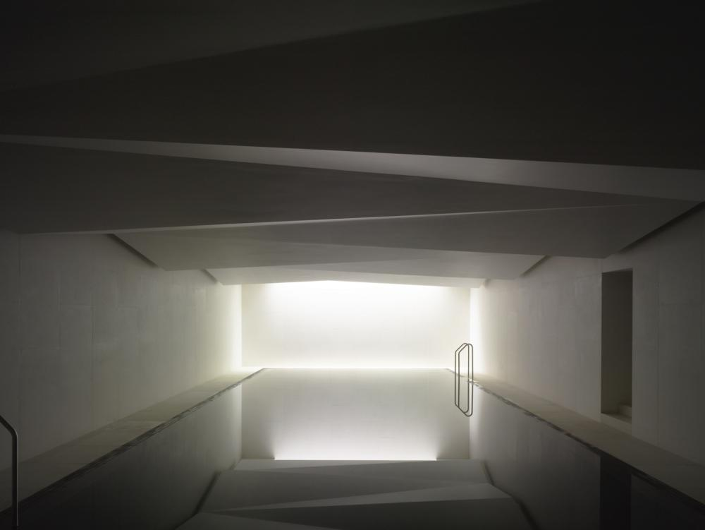 Led Spa Lighting - Underground Spa 01.jpg