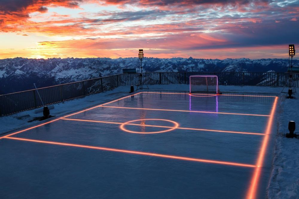 led eisbahn ×  led beleuchtung eishalle × eissporthalle mit led beleuchtung × beleuchtung einer eissporthalle 02.jpg