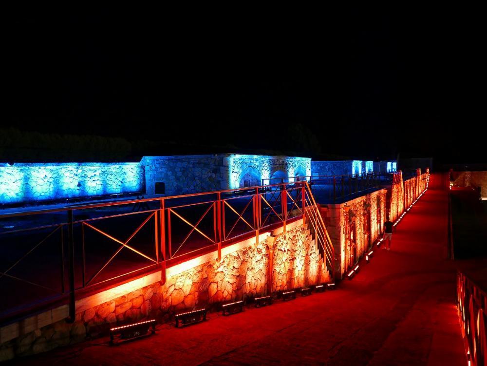 Interactive light & sound installation 6.jpg