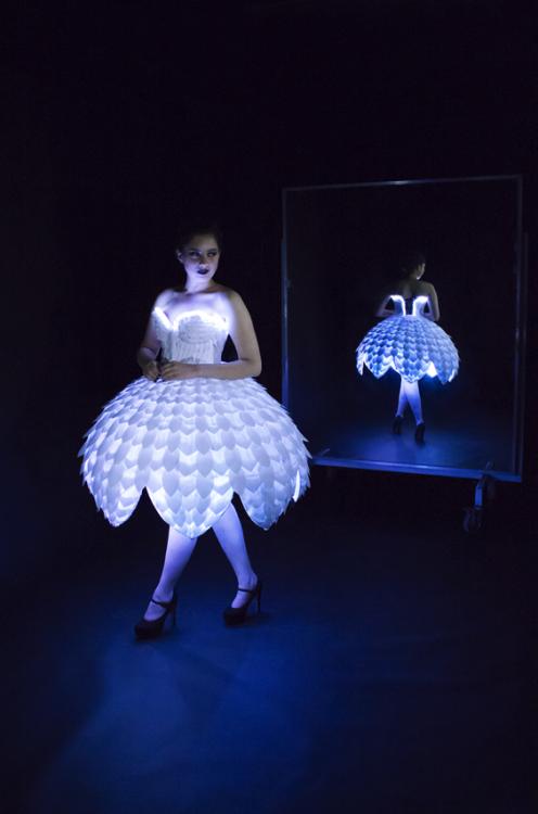 Светящееся платье«Ester»