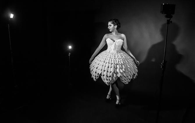 Светящееся платьеEster 12.png