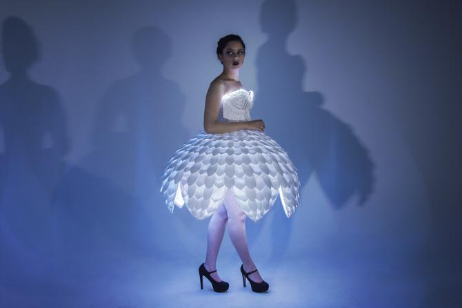 Светящееся платьеEster 14.png