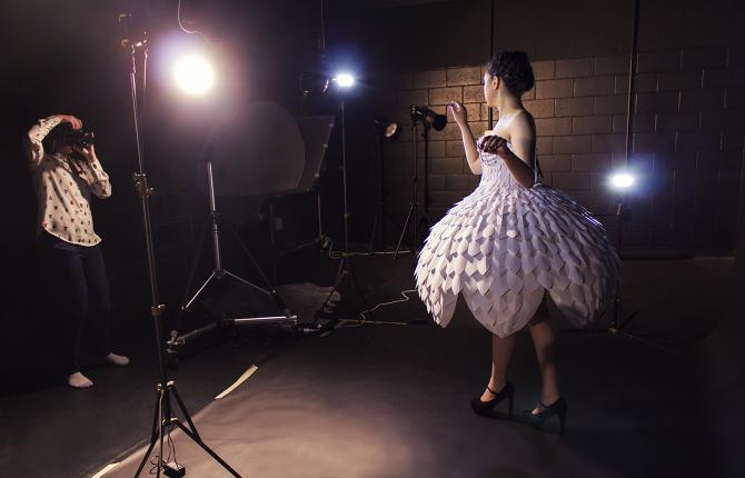 Светящееся платьеEster 20.png