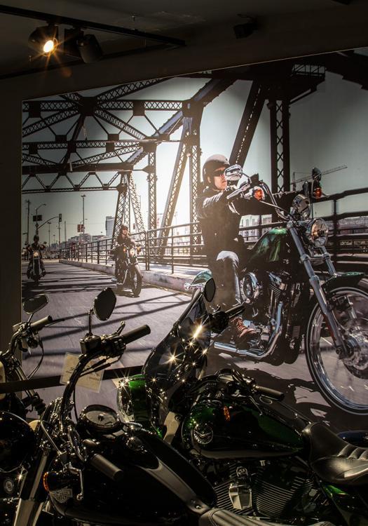 Harley Davidson Shop - beleuchtung für einzelhandel × led beleuchtung ×  shopbeleuchtung led × led beleuchtung für einzelhandel × led beleuchtung einzelhandel × led retail beleuchtung × led-beleuchtung im einzelhandel