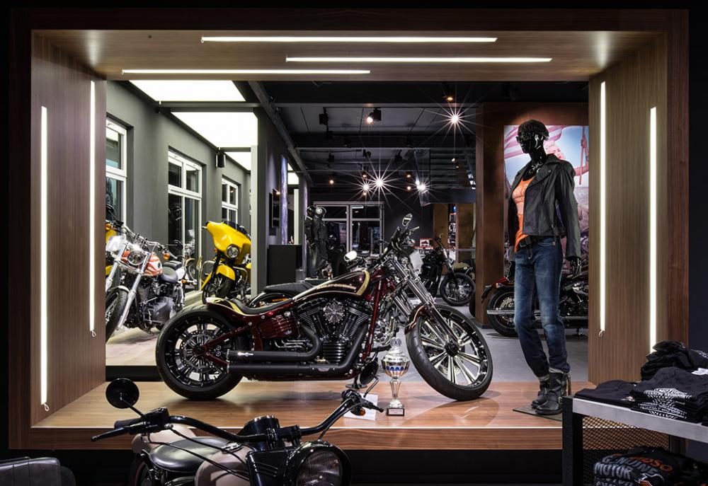 Harley Davidson Shop - beleuchtung für einzelhandel × led beleuchtung ×  shopbeleuchtung led × led beleuchtung für einzelhandel × led beleuchtung einzelhandel × led retail beleuchtung × led-beleuchtung im einzelhandel 12