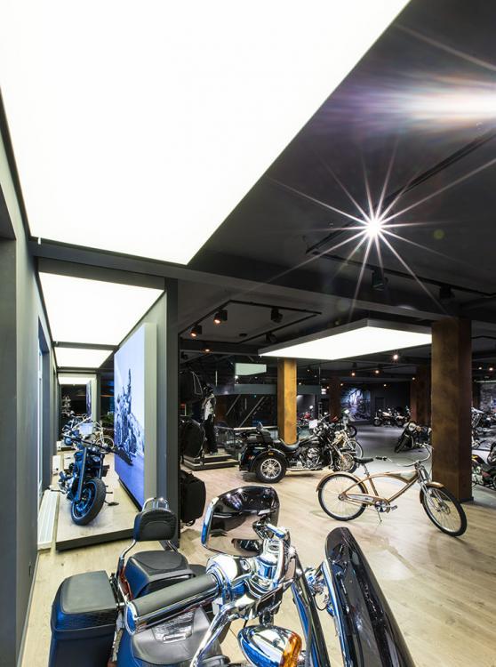 Harley Davidson Shop - beleuchtung für einzelhandel × led beleuchtung ×  shopbeleuchtung led × led beleuchtung für einzelhandel × led beleuchtung einzelhandel × led retail beleuchtung × led-beleuchtung im einzelhandel 15