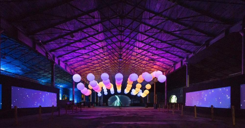 "Light installations ""INTERACTIVE PEOPLE"" - multi color led balloons × rgb led balloons ×  led balloons video"