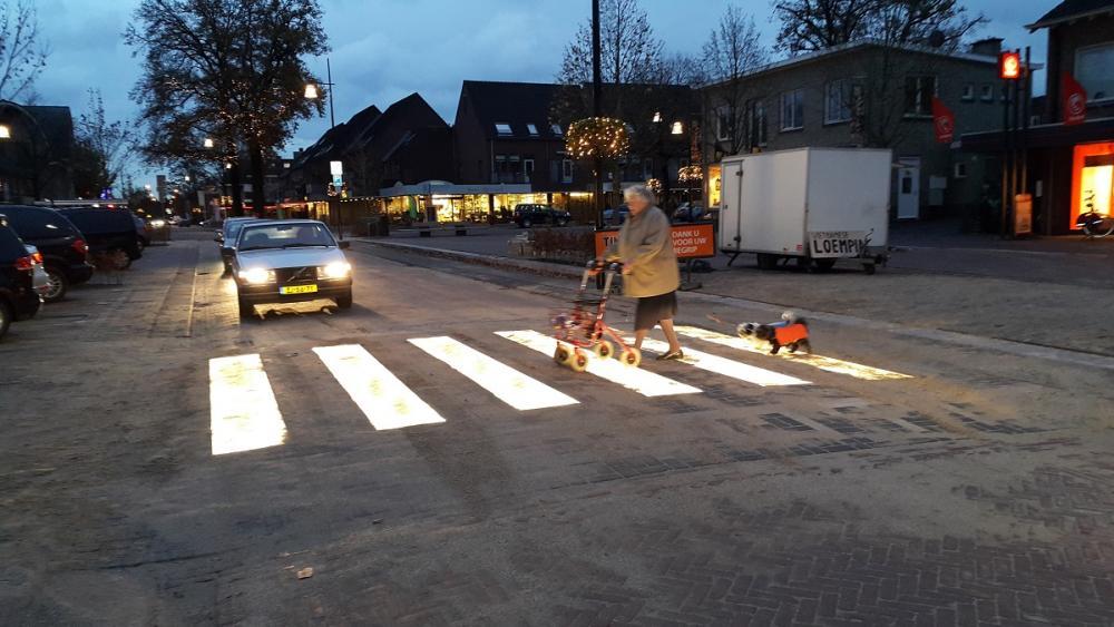 Lighted Zebra Crossing • Led Verlichting Zebrapad - innovatieve zebrapad