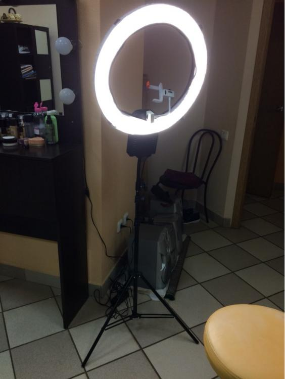 Nanguang Ringleuchte CN-R640 - Beauty Light Ring - ring licht video ×  make up leuchten × ringlicht studiolicht ×  das schminklicht × das perfekte schminklicht × selfie ringlicht ×  selfie ring licht × foto licht ×  ringlicht kaufen × beauty salon light bulbs × ringlicht portrait ×  selfie licht × flash licht ×  led flash selfie