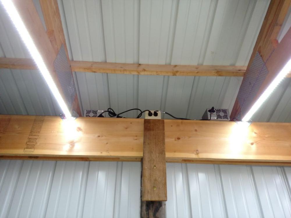 Освещение гаража светодиодной лентой - свет в гараже своими руками - освещение квартиры светодиодными лентами × светодиодная лента для освещения комнаты × освещение потолка светодиодной лентой × потолочное освещение светодиодной лентой