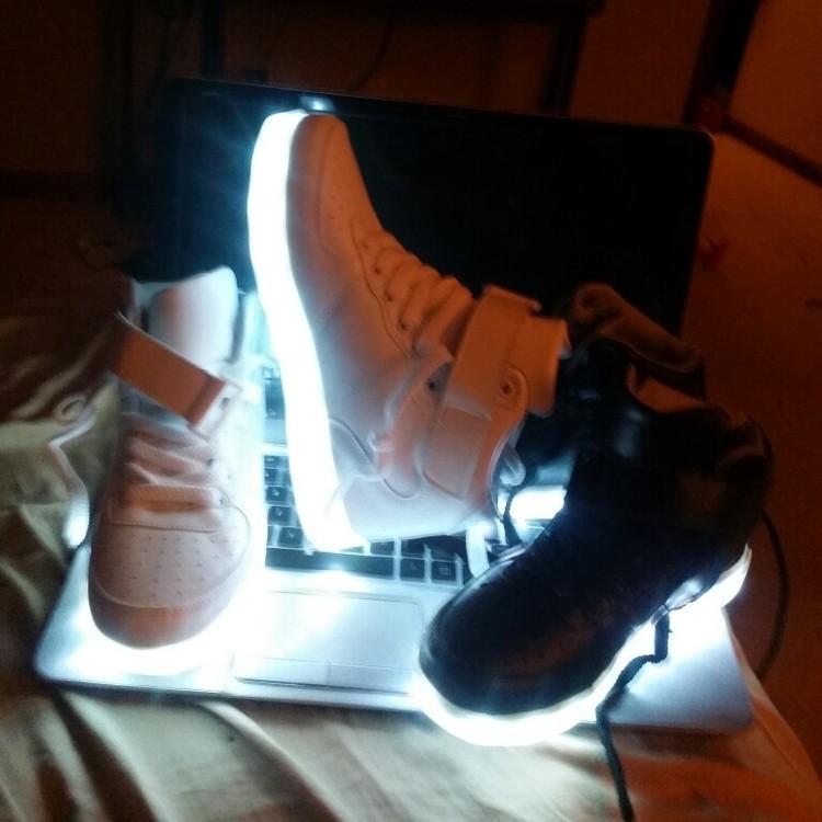 led shoes whitre, black  × led shoes china 02