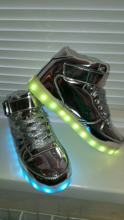 silver led shoes - silver led usb shoes 01