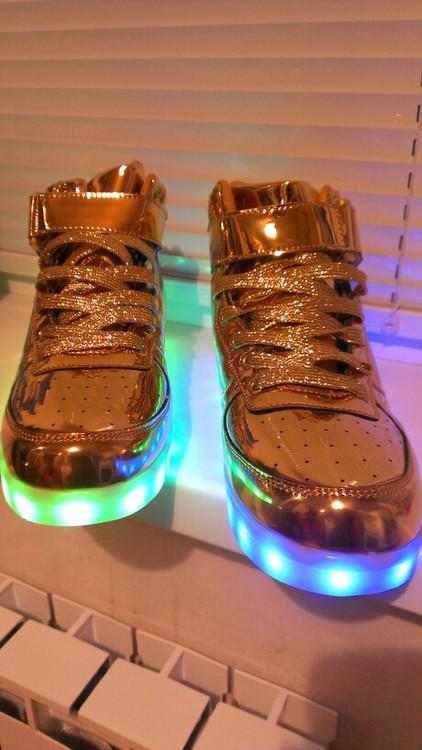 Gold LED luminous shoes