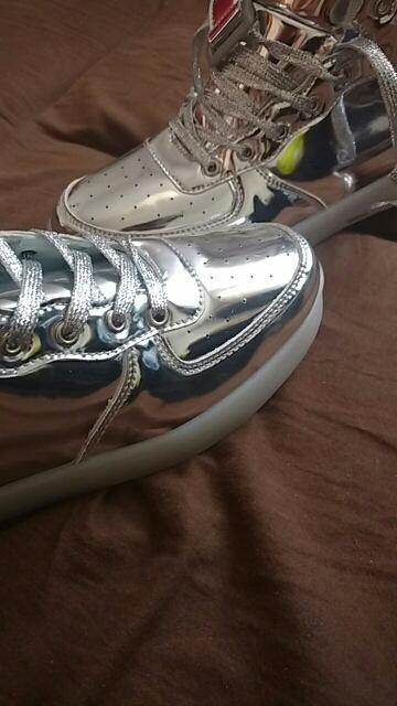 Silver LED Shoes Unisex Light Up Shoes For Women Men Luminous Flat Shoes