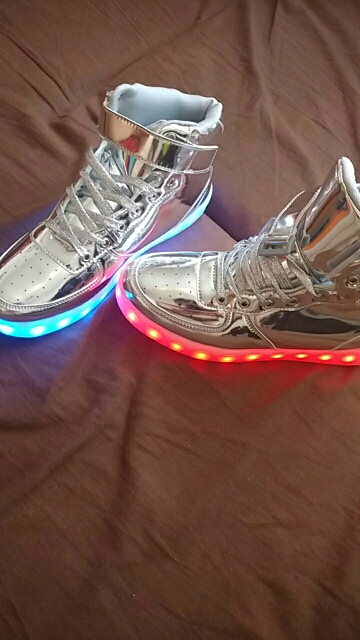 Silver LED Shoess - hoes silver led shoes white dancing led shoes fashion streetwear
