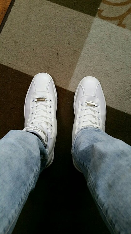 light shoes white