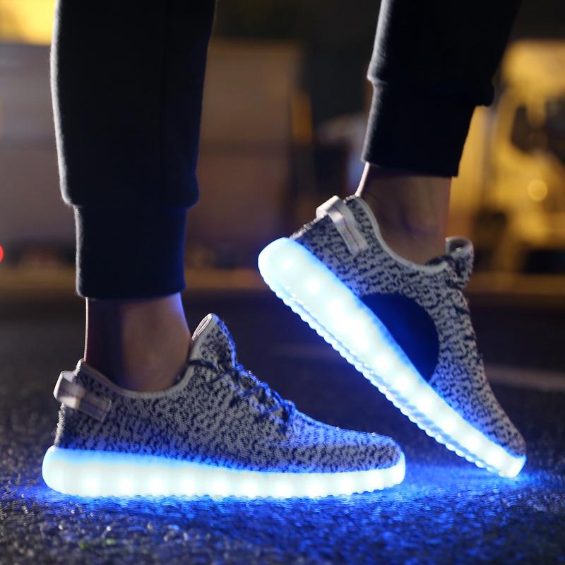 new concept 45167 c75a4 Leuchtende Schuhe für Erwachsene & LED Schuhe Kinder ...