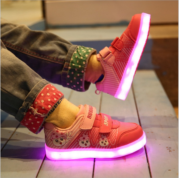 Chaussure lumineuse - LED Chaussures & Basket lumineuse × chaussure lumineuse