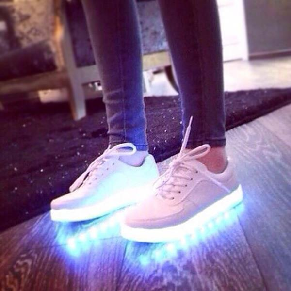 Chaussure lumineuse - LED Chaussures & Basket lumineuse. chaussure lumineuse bebe