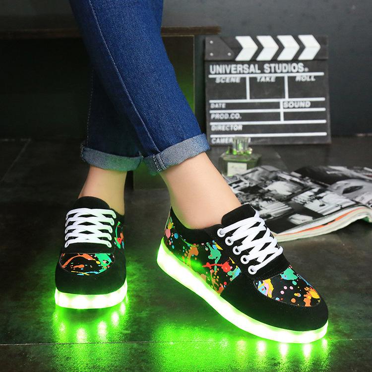 Chaussure lumineuse - LED Chaussures & Basket lumineuse. Chaussure led usb