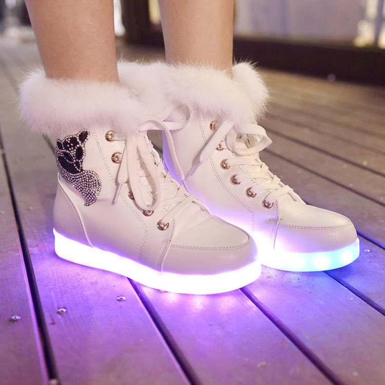 Chaussure lumineuse - LED Chaussures & Basket lumineuse. chaussures led paris