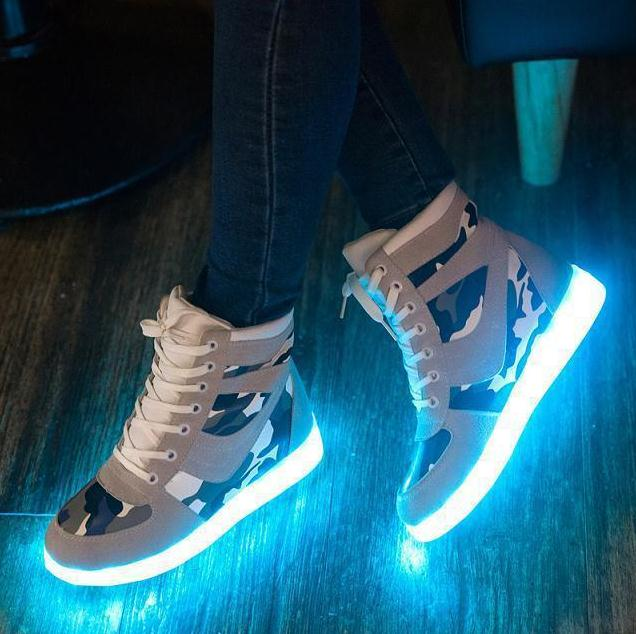 Chaussures led femme. Chaussure lumineuse - LED Chaussures & Basket lumineuse