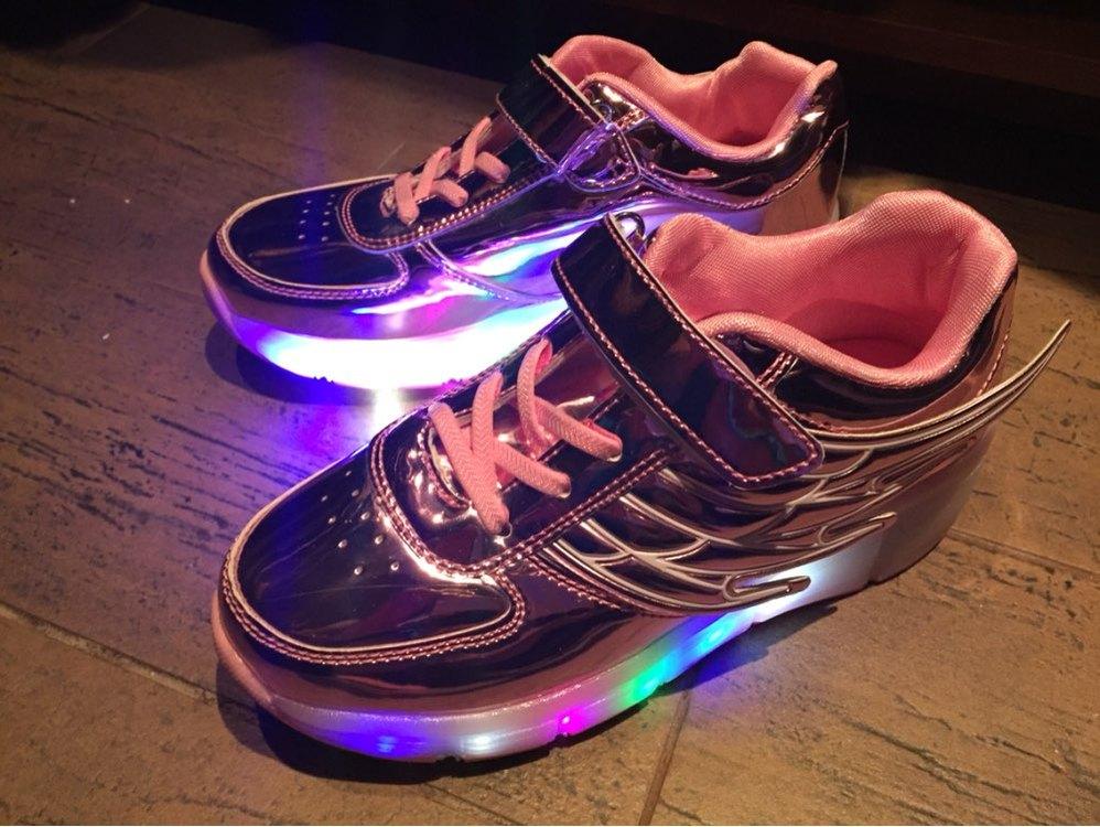 leuchtende Schuhe für Erwachsene, leuchtende Schuhe kaufen, leuchtende Schuhe für Kinder, Leuchtende Schuhe neon, leuchtende Schuhe erwachsene,