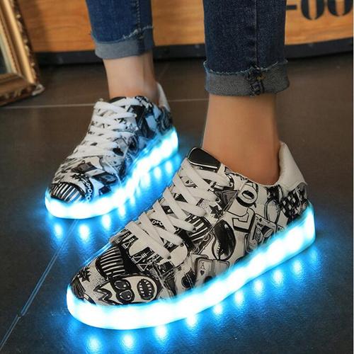 Zapatos con luz. Zapatillas LED - zapatos con luz, zapatos cable luz, zapatos con luz de barbie, zapatos luz de luna, zapatos luz del tajo,