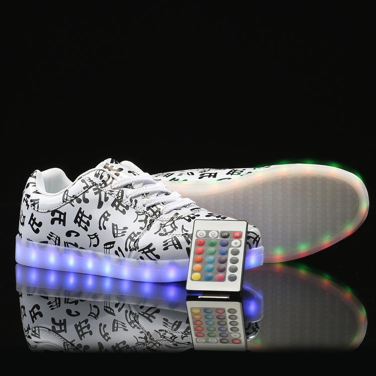 Zapatos con luz. Zapatillas LED - zapatos de niña con luz, zapatos de princesa con luz, zapatos de tacon con luz, zapatos en luz del tajo, zapatos infantiles con luz, zapatos mari luz,
