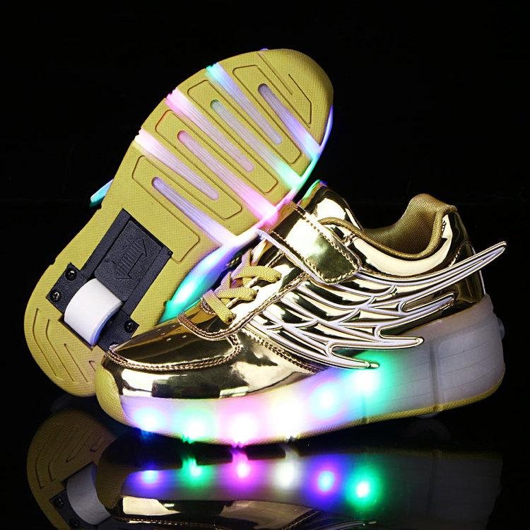 Zapatos con luz. Zapatillas LED - zapatos con luz de barbie, zapatos luz de luna, zapatos luz del tajo, zapatos luz del sol, zapatos de luz mila lopez, zapatos de luz principe, zapatos de barbie con luz,