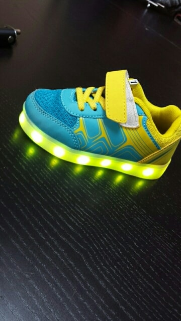 Chaussure lumineuse - LED Chaussures & Basket lumineuse - chaussures led femme × chaussures led fille