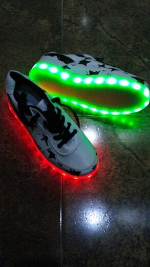 zapatos con luz led en guatemala, zapatos con luz led mercadolibre, zapatos con luz barbie, zapatos con luz princesas, zapatos con luz, zapatos cable luz,