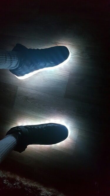 led chaussures ×  chaussure lumineuse × chaussures à roulettes fille × basket lumineuse