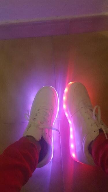 zapatillas con luz para niños, zapatillas con luz led, zapatillas con luz conguitos, zapatillas con luz y ruedas, zapatillas con luz mustang, zapatillas con luz baratas,