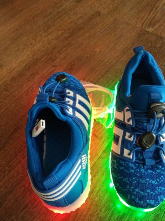 Chaussures led fille. Chaussure lumineuse - LED Chaussures & Basket lumineuse • AliExpress