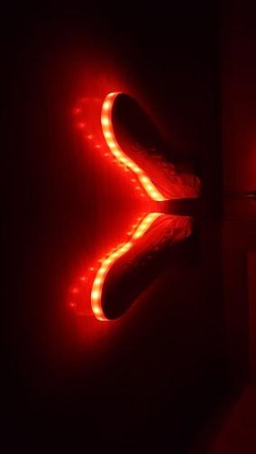 zapatos con luces, zapatos con luz para niños, zapatos con luz led, zapatos con luz niña, zapatos con luz en la suela, zapatos con luz abajo,
