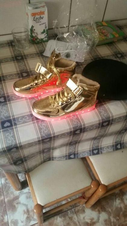 zapatos con luces, zapatos con luz para ninos, zapatos con luz led, zapatos con luz nina, zapatos con luz en la suela,