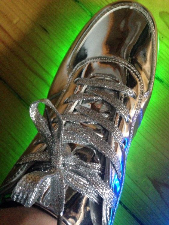 obuwie ledowe, obuwie led, buty led opinie, buty z led,