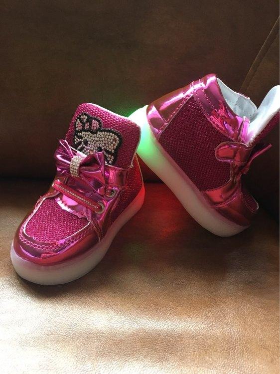 adidasy doprowadziły Dla Dzieci,ledowe buty dla dzieci,