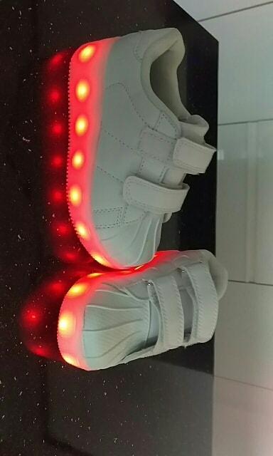ledowe buty białe, ledowe buty opinie, ledowe buty, ledowe buty damskie, ledowe buty gdzie kupić, adidasy ledowe,