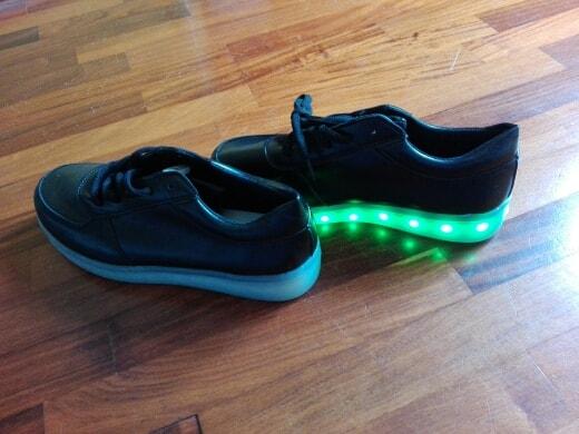 scarpe con luci led, scarpe con luci bambino, scarpe con luci bimbo, scarpe con luci led bambino,