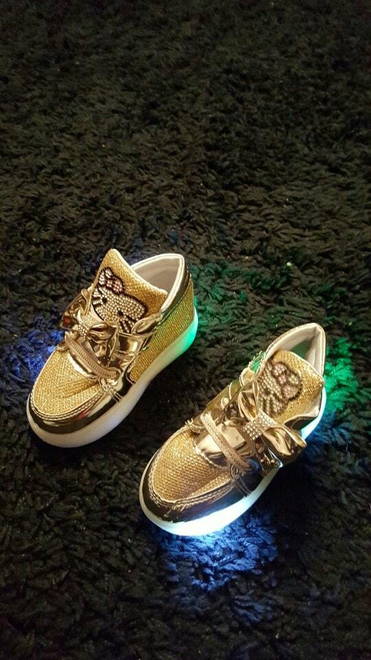 scarpe nike con luci