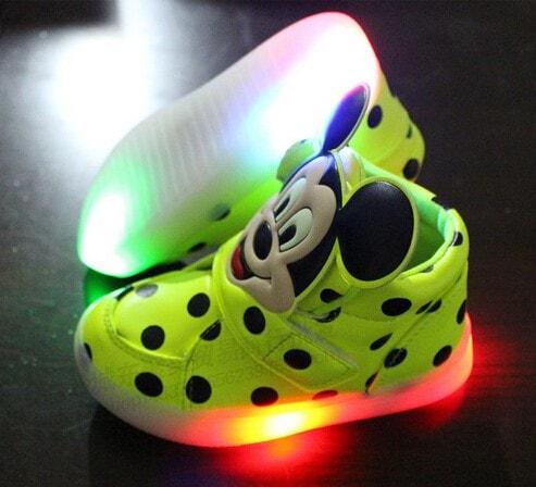 Svítící boty dětské > LED svítící kolečka na boty • Svítící tenisky