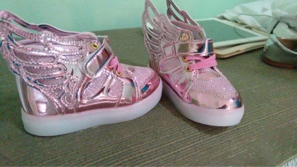 sapatos com luzes, sapatos com luzes led portugal, sapatos com luzes embaixo, sapatos luz do sol, sapatos com luz, sapatos infantil com luz,