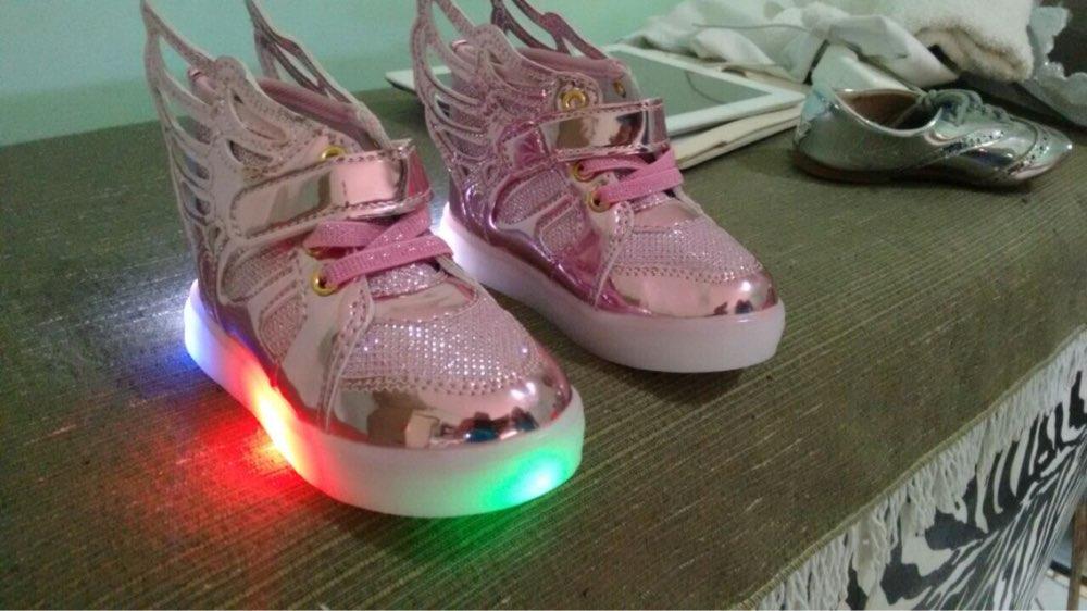 sapatos luz da lua precos, sapatos anna luz, sapatos de luzes, sapatos raio de luz, sapatos luz, sapatos das asas de luz,