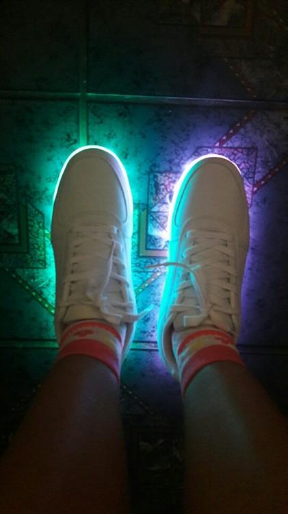 sapatos infantil com luz, sapatos luz da lua precos, sapatos anna luz, sapatos de luzes, sapatos raio de luz,