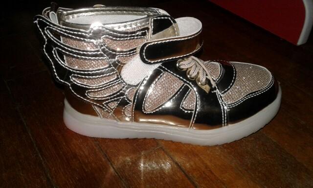 sapatos luz, sapatos das asas de luz, sapatos com luz, sapatos luz da, tenis luz led, tenis con luz led sears,