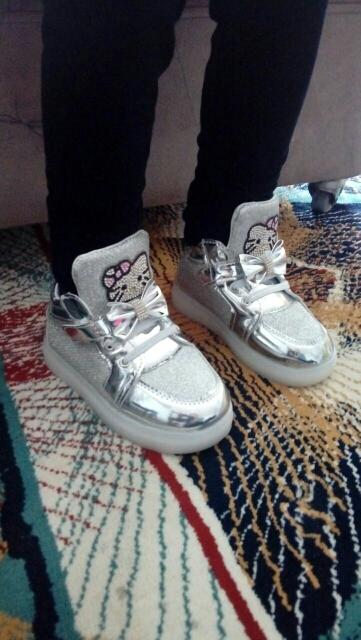 led ışıklı ayakkabı, led ışıklı ayakkabı nasıl yapılır, led tabanlı ayakkabı,